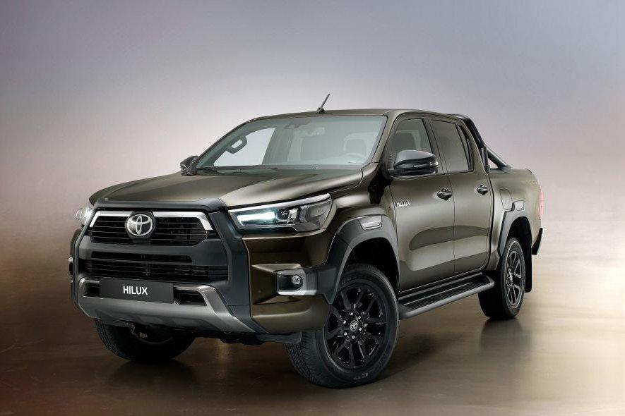 Đánh giá xe Toyota Hilux 2021 mới.