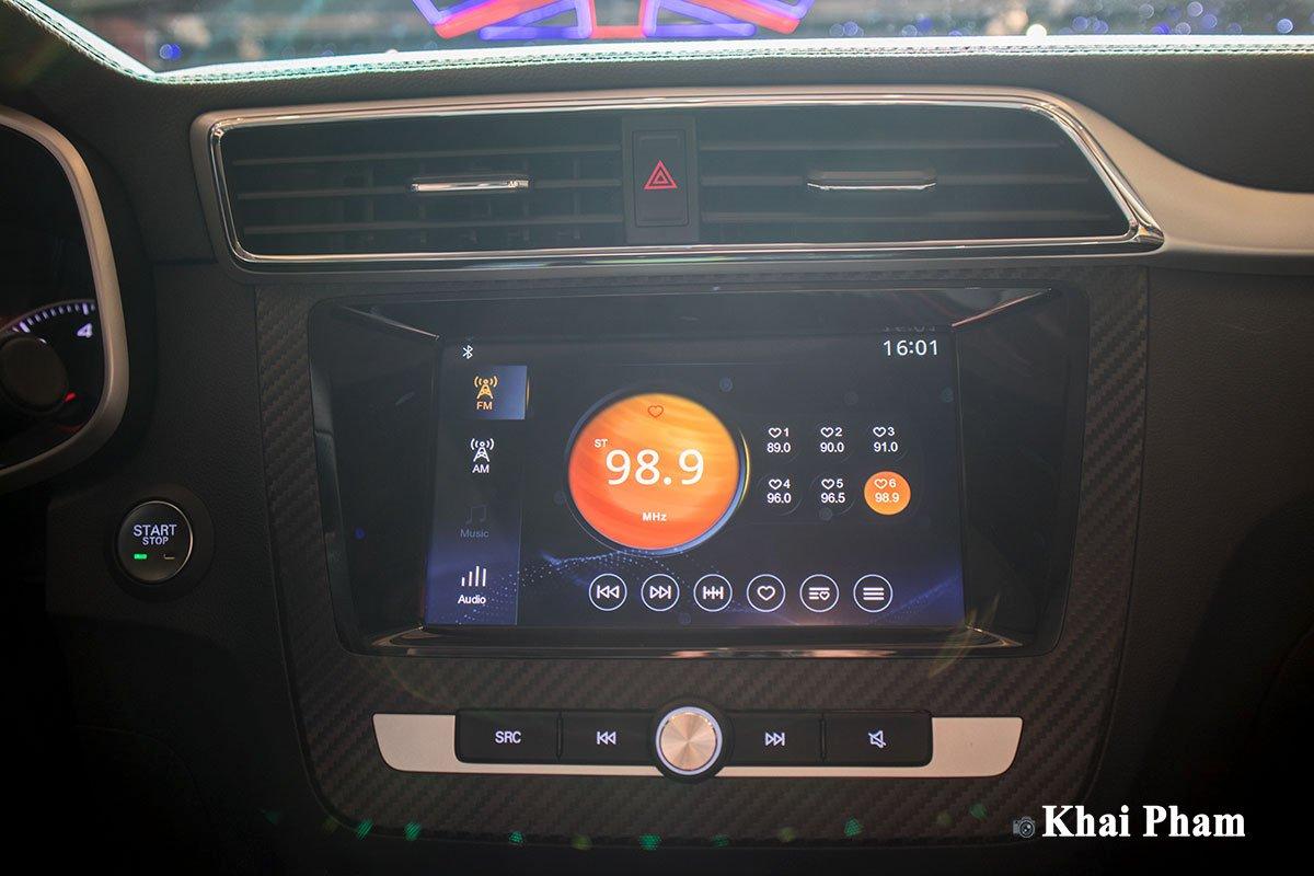Màn hình giải trí trên xe MG ZS 2020 1