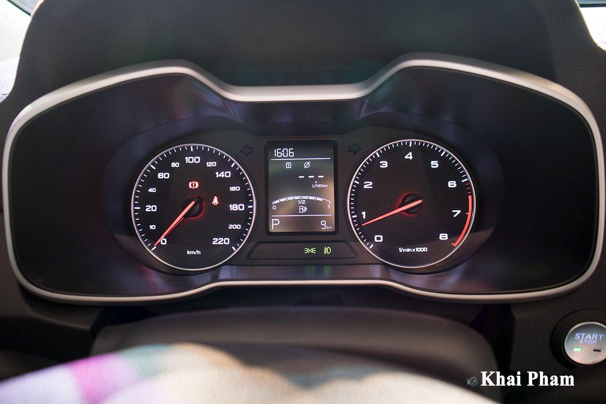 Màn hình hiển thị thông tin trên xe MG ZS 2020 1
