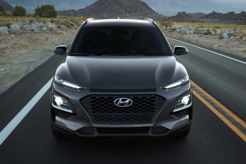 "Theo trend ""full den"", Hyundai Kona Night Edition 2021 ra mắt tại Mỹ."