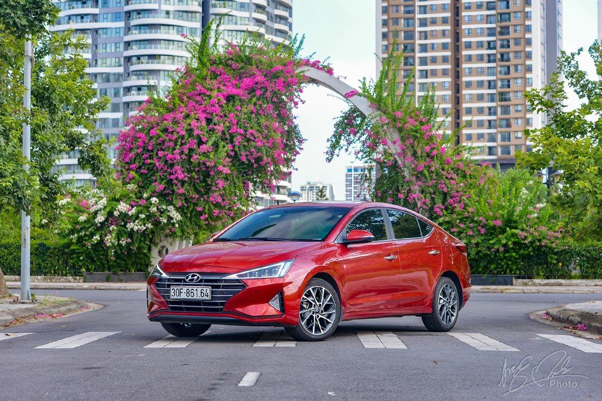 Đánh giá xe Hyundai Elantra 2020: Tổng thể.