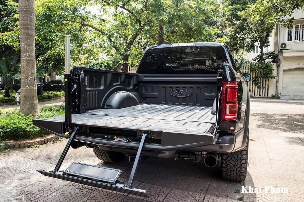 Ảnh thùng xe Ford F-150 Raptor 2020 a1