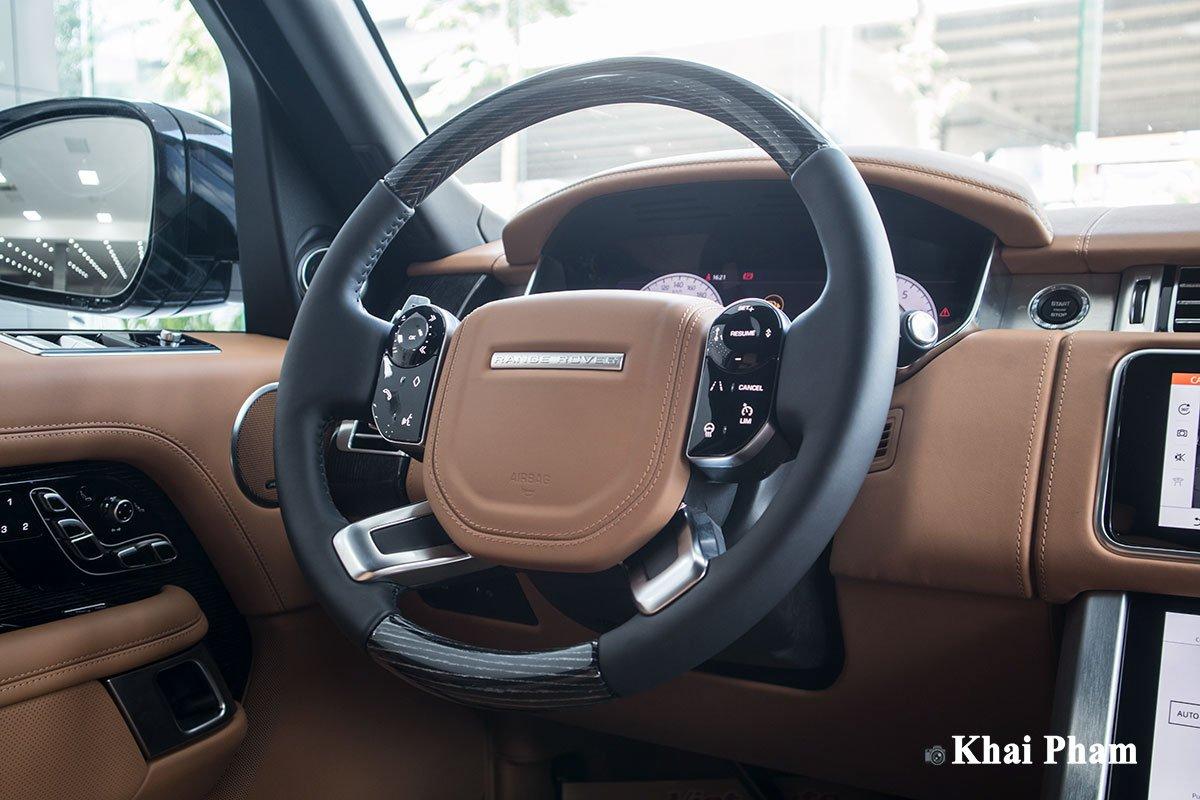 Ảnh vô-lăng xe Range Rover SVAutobiography 2020