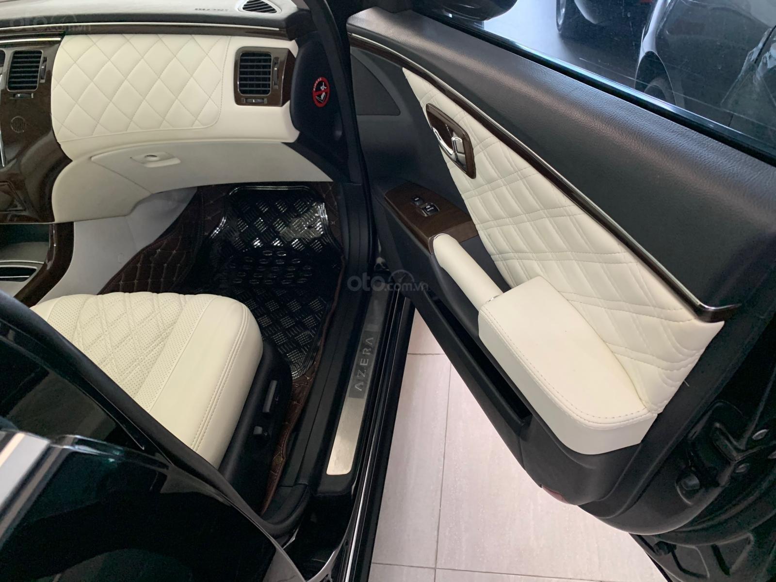 Hyundai Azera tự động nhập khẩu màu đen (10)