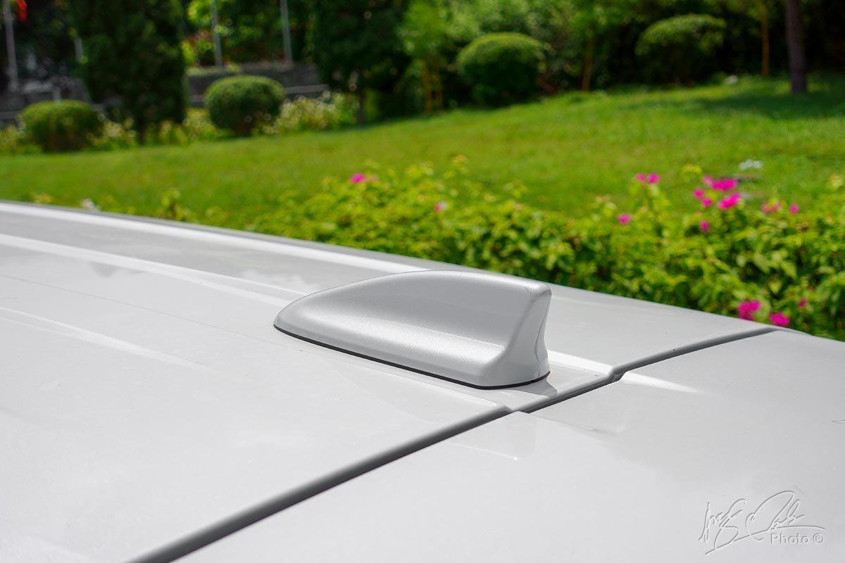 Đánh giá xe Mitsubishi Xpander 2020: Ăng ten dạng vây cá mập.