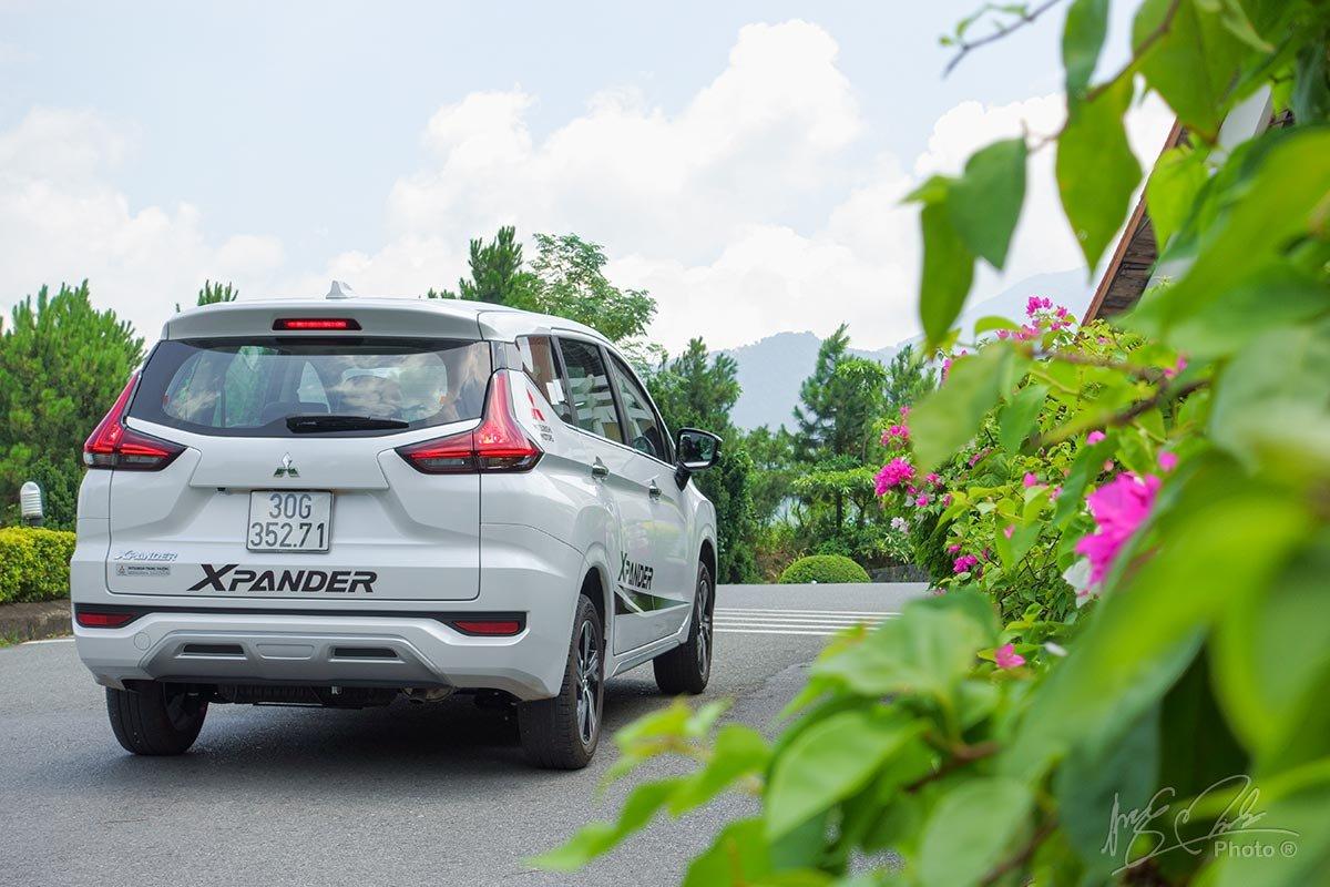 Đánh giá xe Mitsubishi Xpander 2020: Thiết kế đuôi xe.
