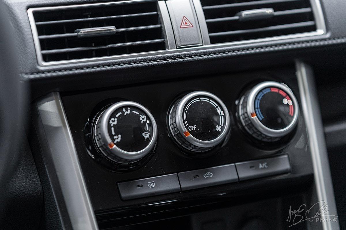 Đánh giá xe Mitsubishi Xpander 2020: Điều hoà chỉnh tay.