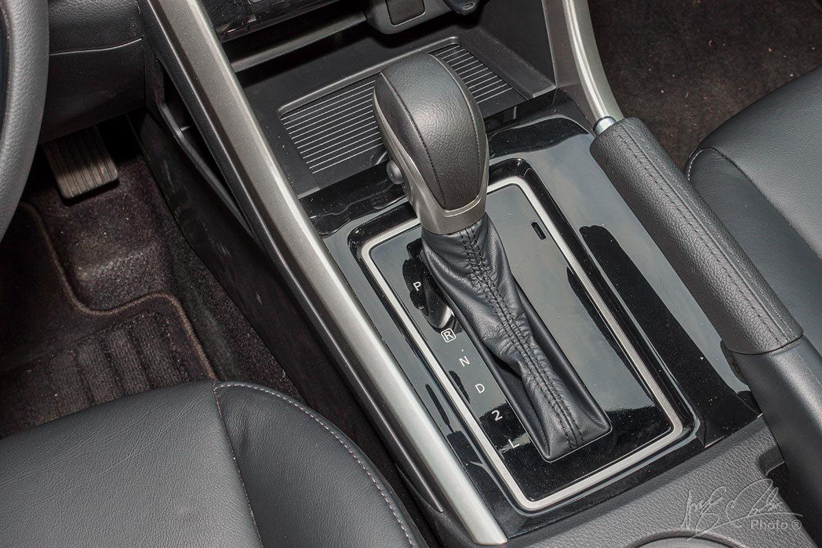 Đánh giá xe Mitsubishi Xpander 2020: Hộp số tự động 4 cấp.