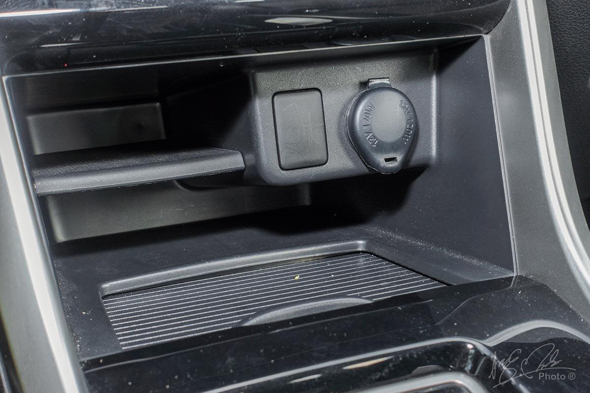 Đánh giá xe Mitsubishi Xpander 2020: hốc chứa đồ 1.