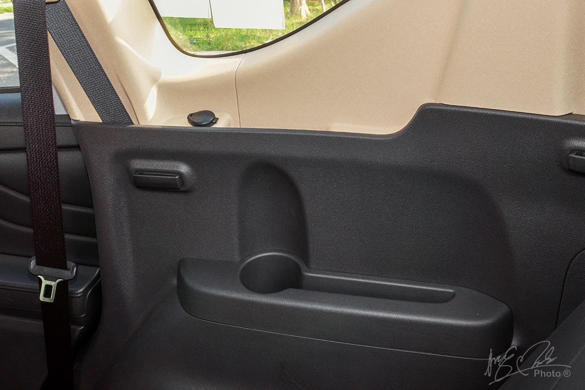 Đánh giá xe Mitsubishi Xpander 2020: hốc chứa đồ 8