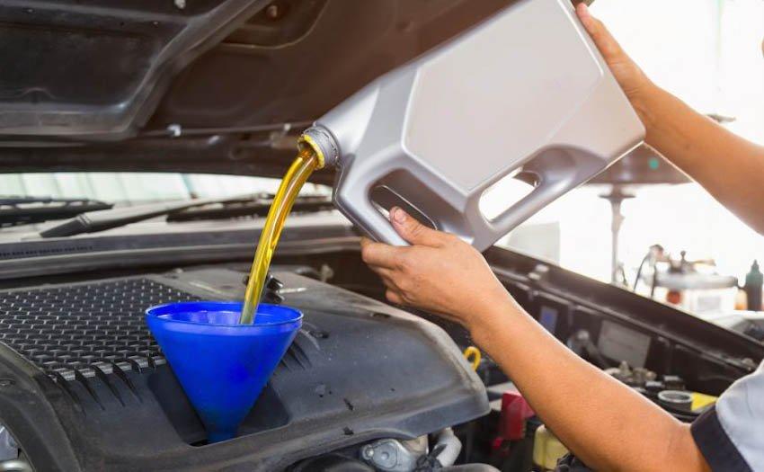 Hướng dẫn các bước thay dầu ô tô tại nhà - Ảnh 4.
