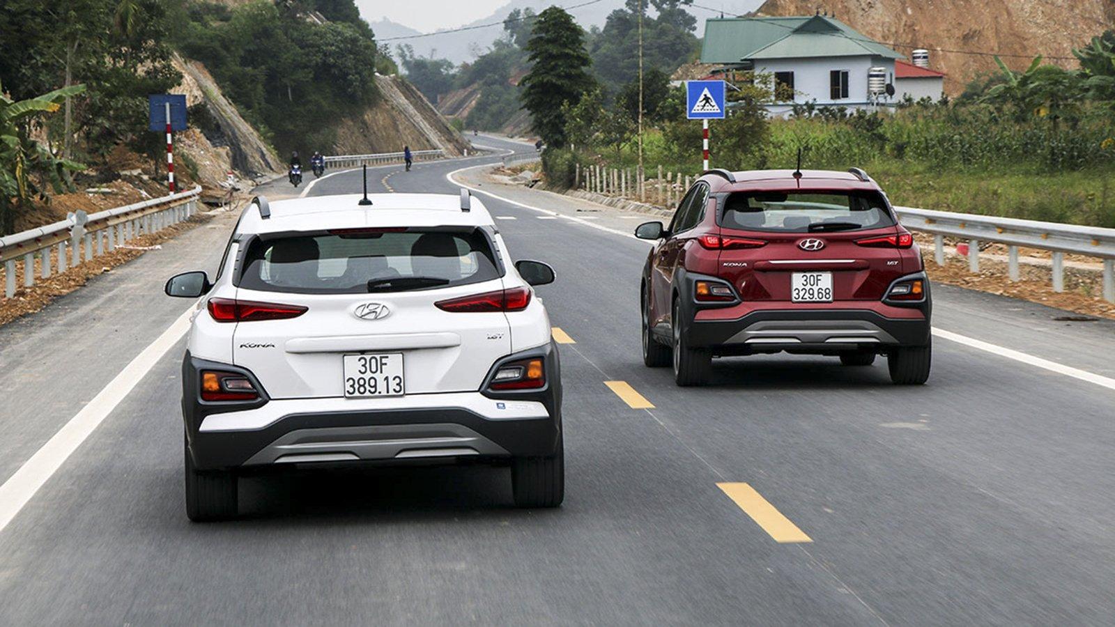 Ảnh đuôi xe Hyundai Kona 2020