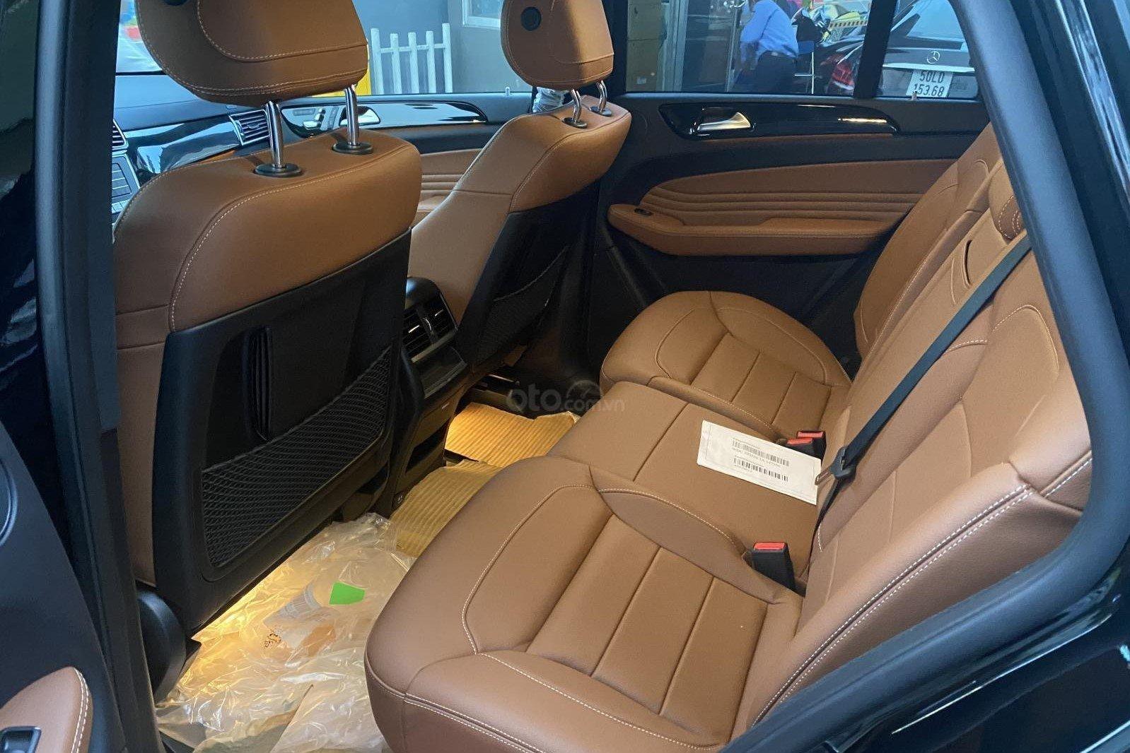 Hàng ghế sau xe Mercedes-Benz GLE 400 Coupe 2019 1