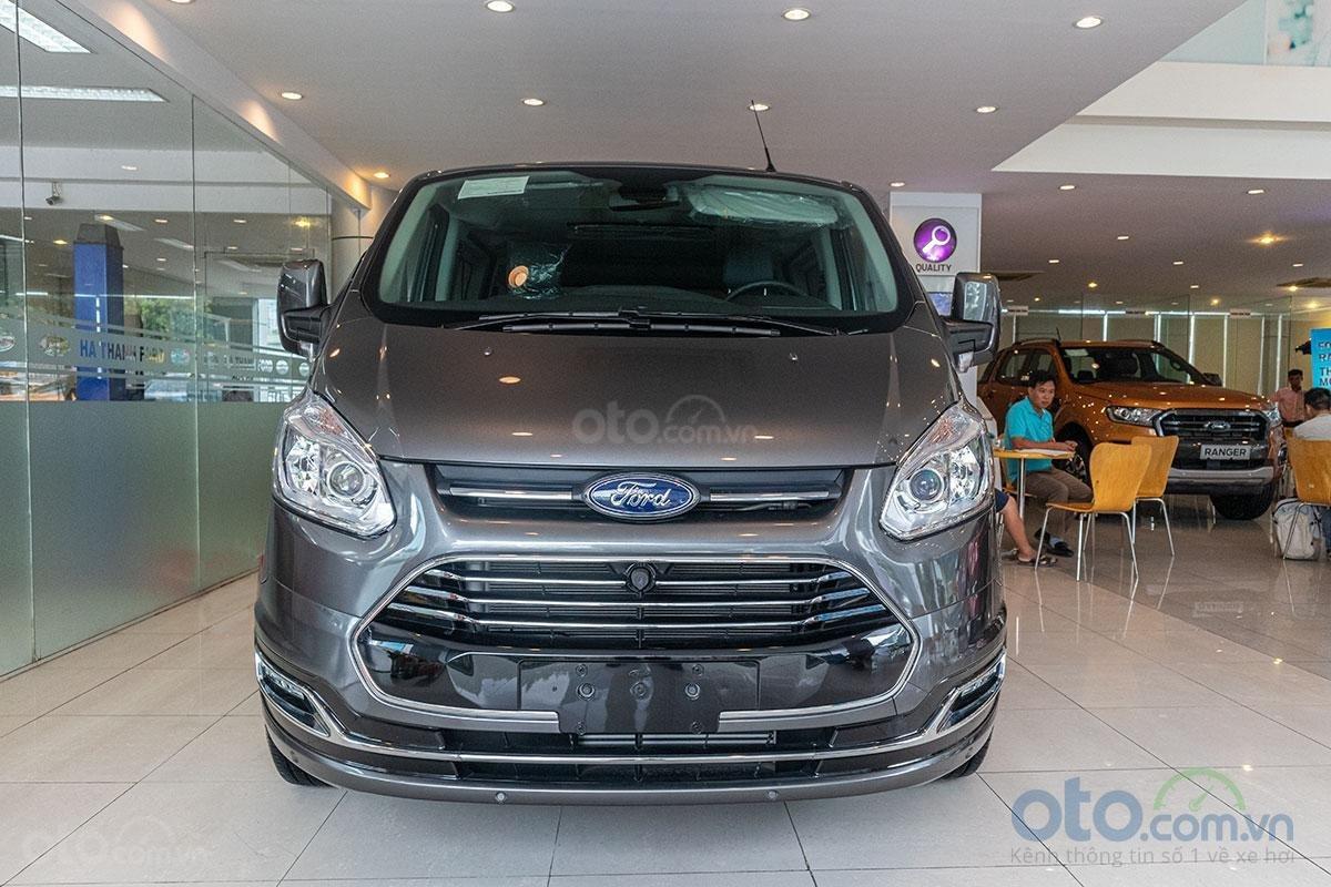 Giá xe Ford Tourneo thế hệ mới cập nhật hàng tháng - Ảnh 1