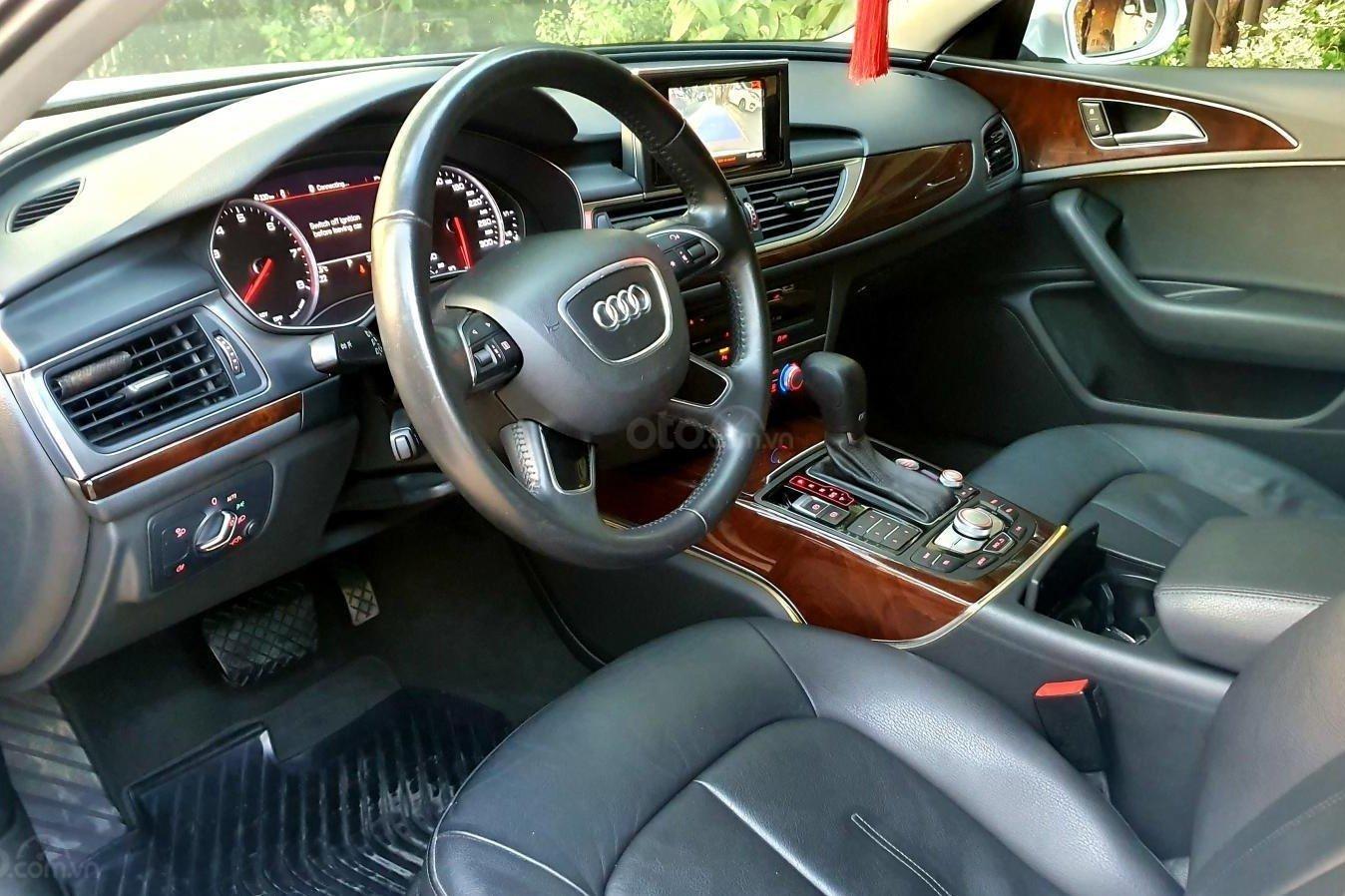Không gian nội thất xe Audi A6 2015 1