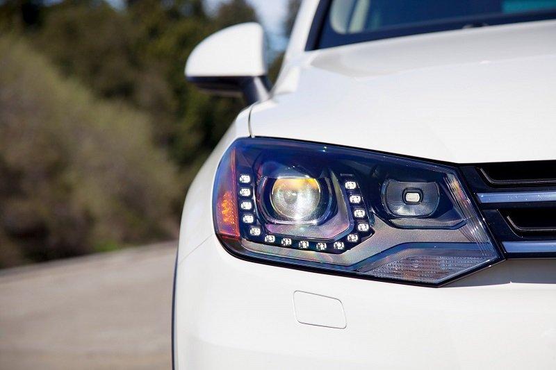 Những điều cần hiểu rõ trước khi độ đèn pha ô tô.