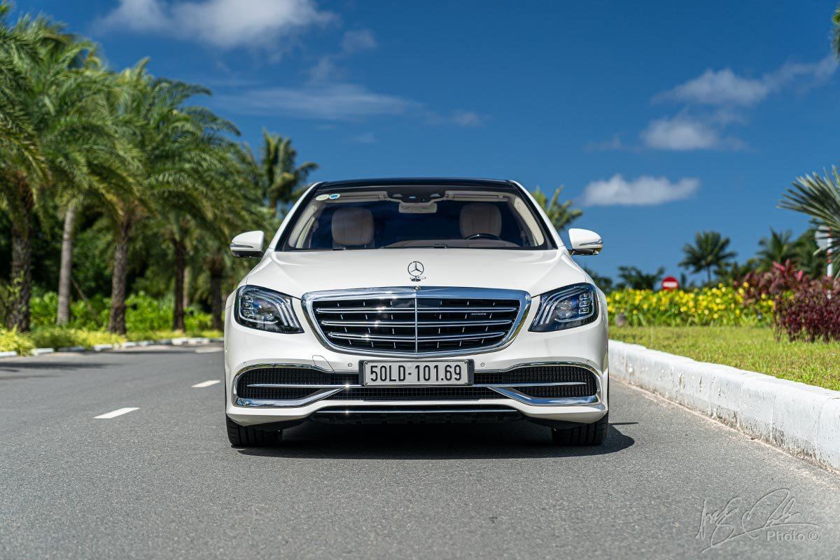 Thiết kế đầu xe Mercedes-Maybach S450 2020.