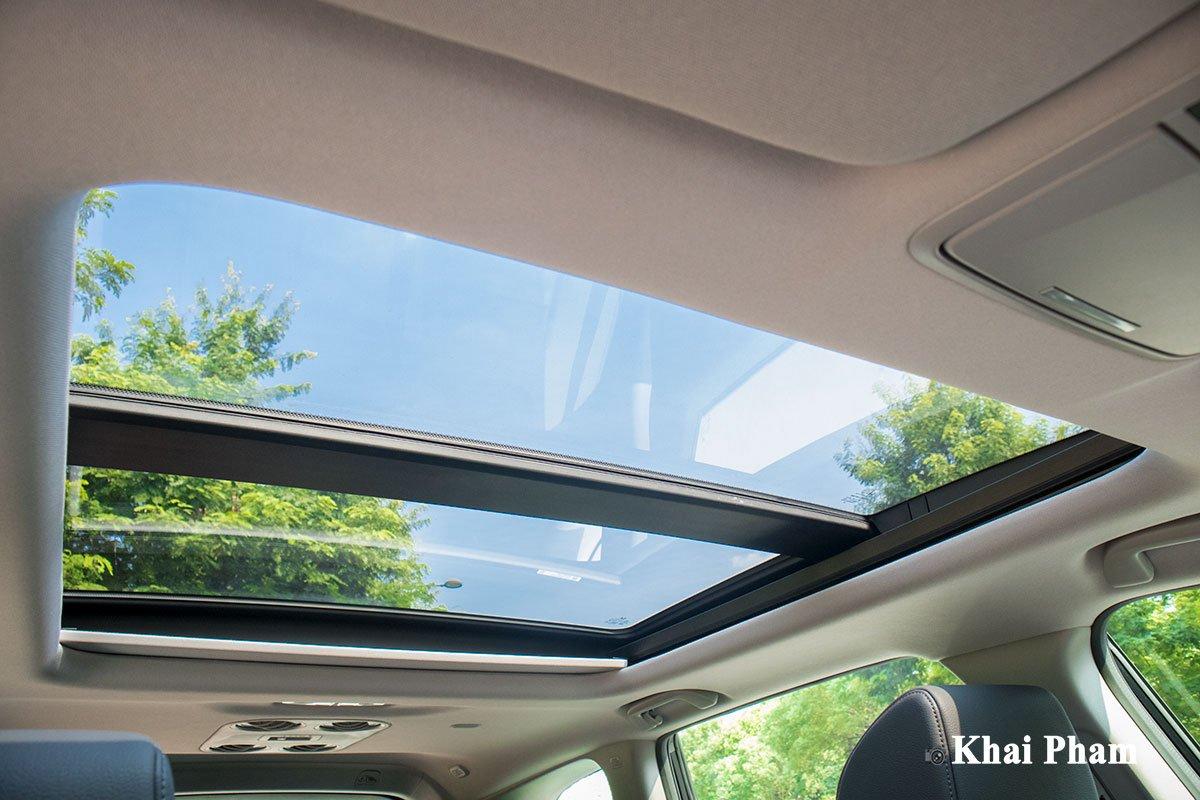 Ảnh cửa sổ trời xe Honda CR-V L 2020