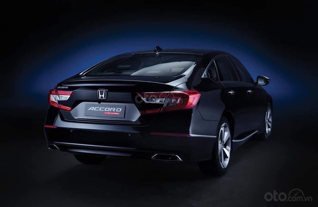 Honda Accord 2019 KM lên đến 100tr TM (3)