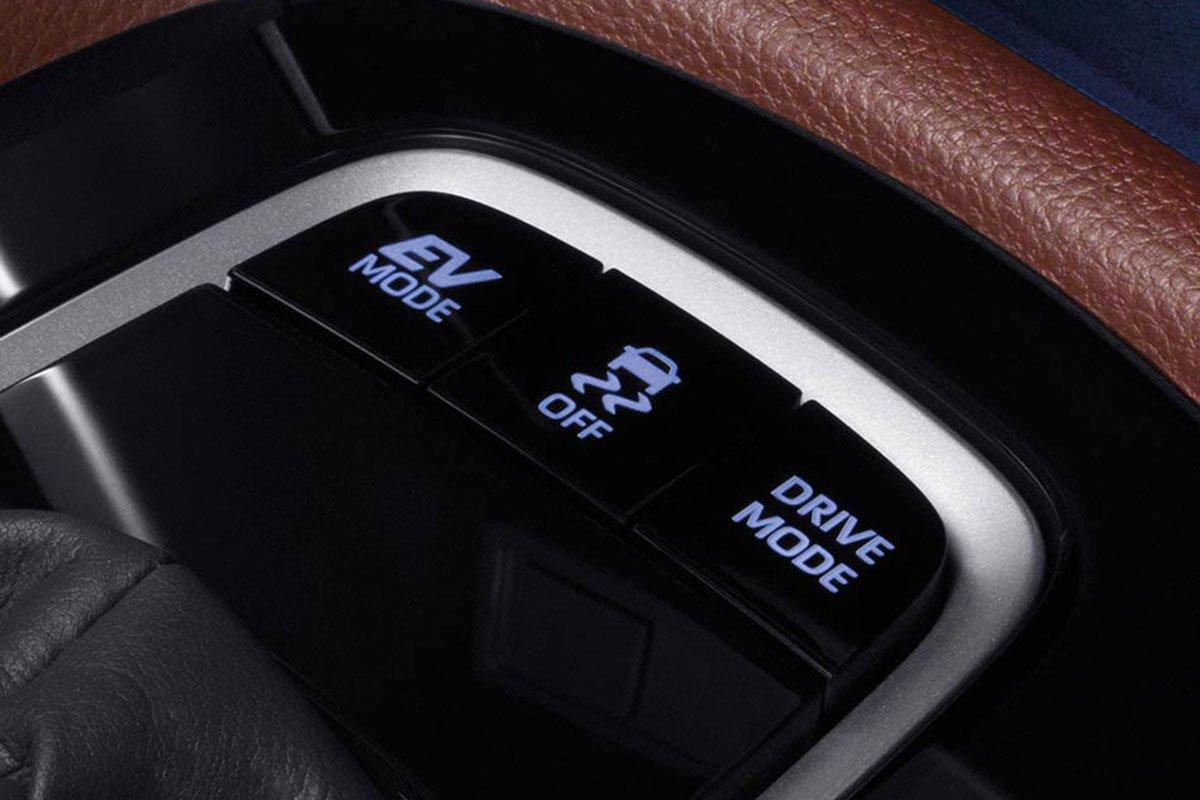 Đánh giá xe Toyota Corolla Cross 2020-2021: Các chế độ lái.