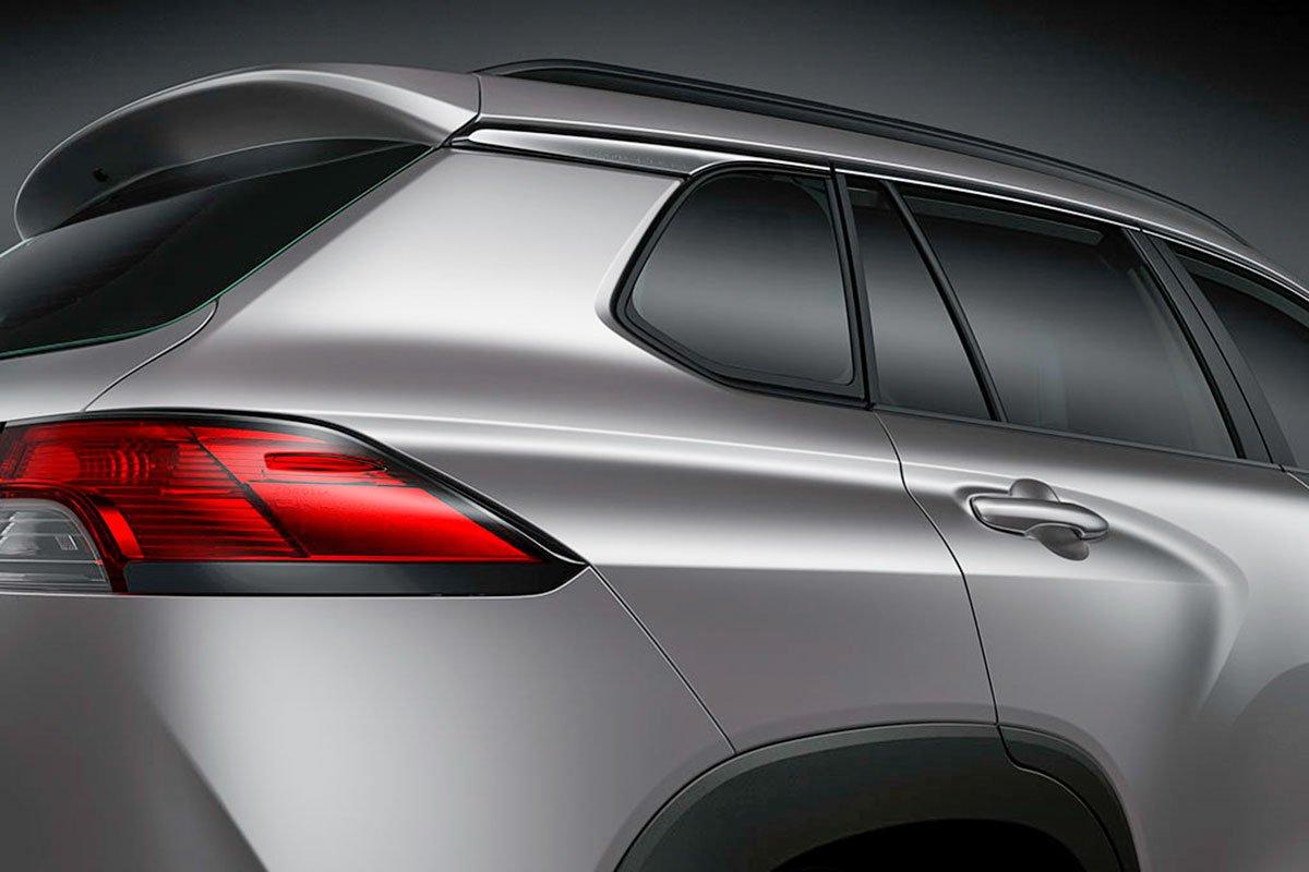 Đánh giá xe Toyota Corolla Cross 2020-2021: Vòm lốp cơ bắp.