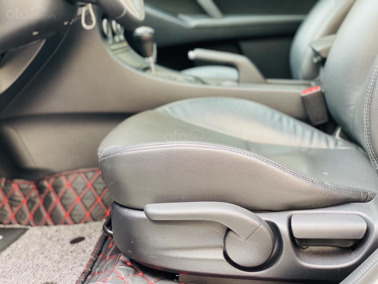 Xe Mazda 3S năm sản xuất 2013 bản đặc biệt (10)