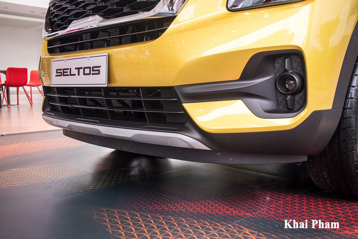 Ảnh cản trước xe Kia Seltos Luxury 2020 phải