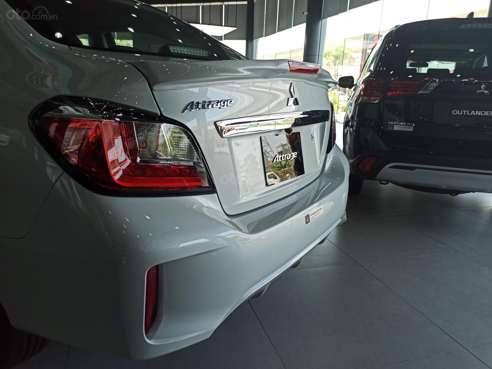 [Hot] Attrage được Mitsubishi tặng 50% thuế trước bạ, chỉ với 100 triệu có xe đi ngay (2)