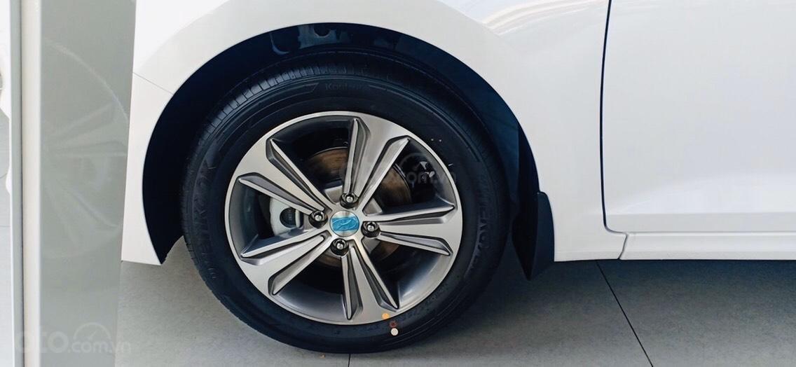 Hyundai Accent 1.4 AT đặc biệt, ưu đãi lớn (5)