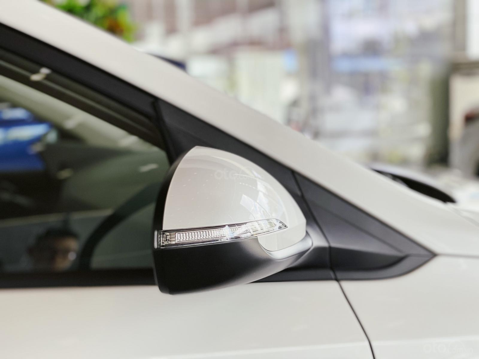 Hyundai Accent 1.4 AT đặc biệt, ưu đãi lớn (8)