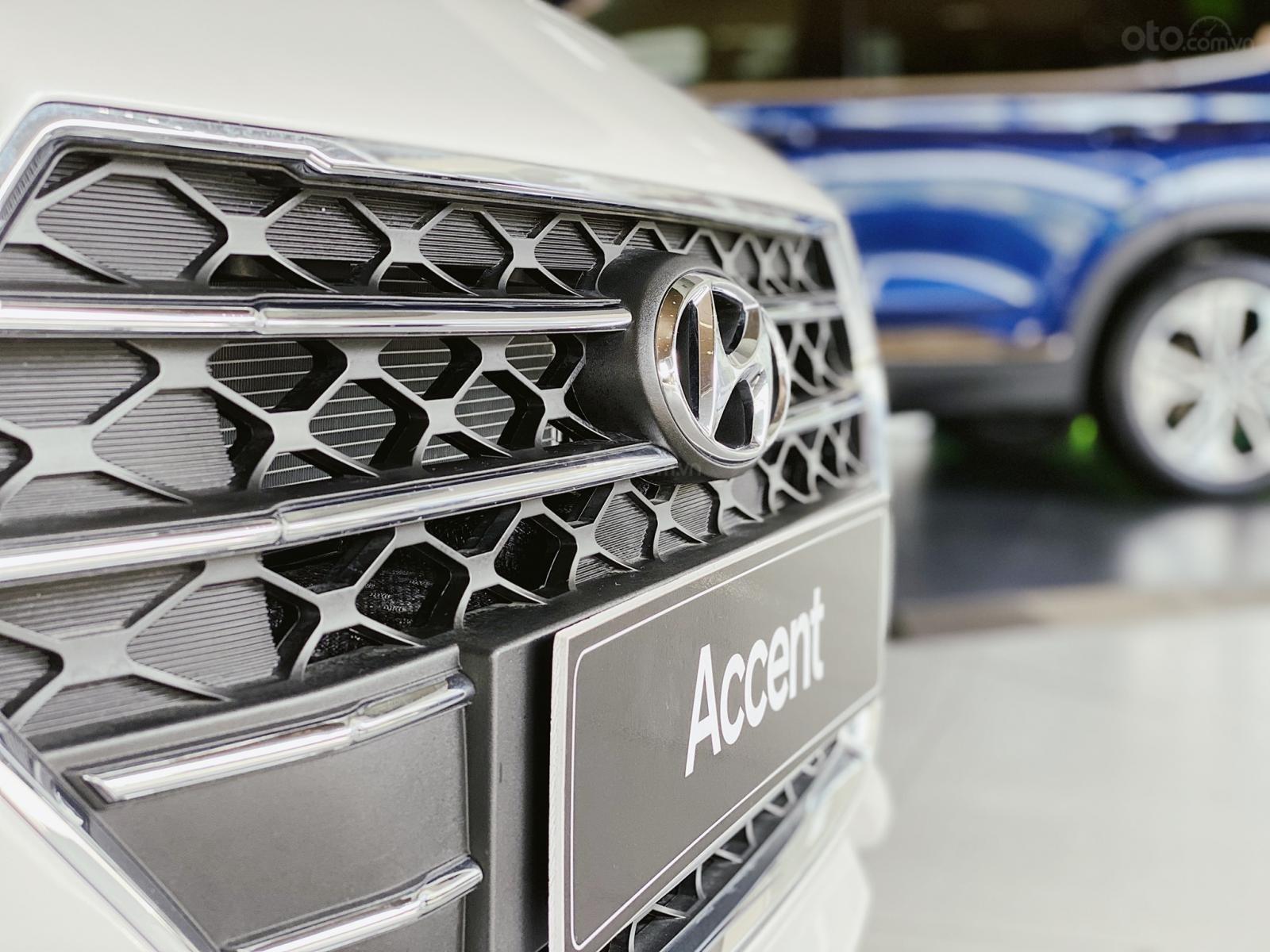 Hyundai Accent 1.4 AT đặc biệt, ưu đãi lớn (9)