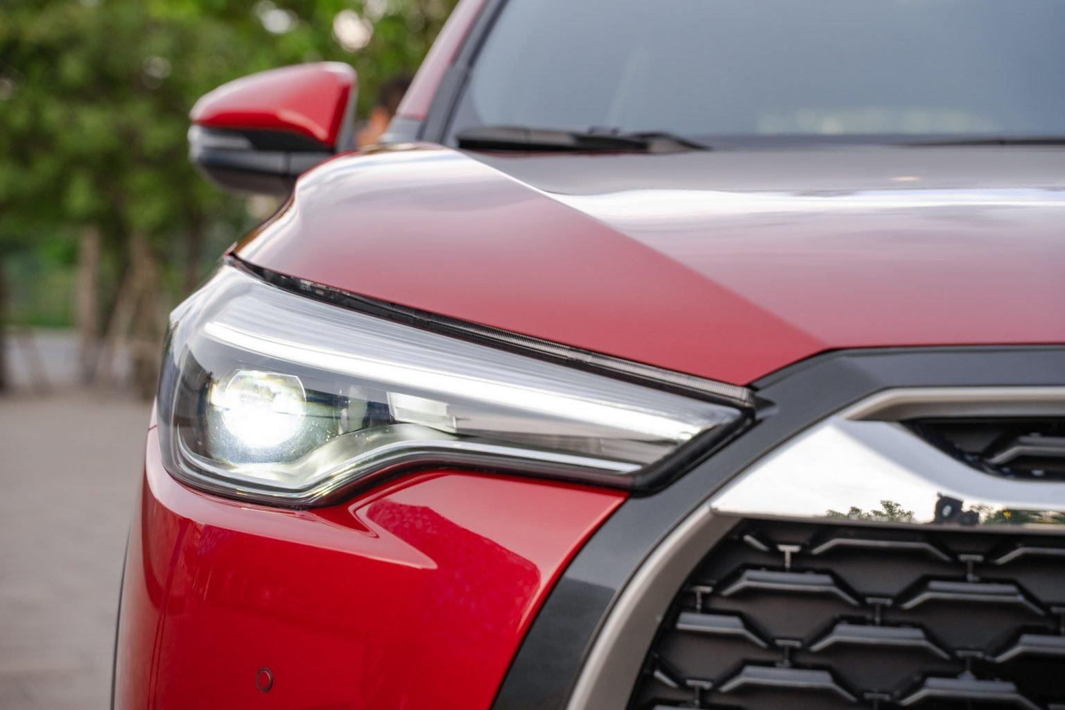 """Toyota Corolla Cross - """"Át chủ bài"""" chính thức ra mắt thị trường Việt Nam - Ảnh 4."""