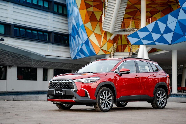 """Toyota Corolla Cross - """"Át chủ bài"""" chính thức ra mắt thị trường Việt Nam - Ảnh 1."""