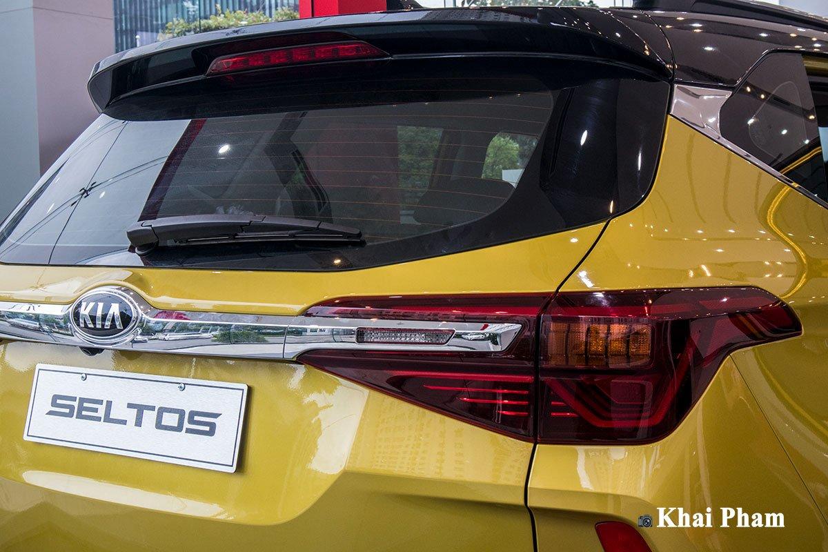 Ảnh đèn hậu xe Kia Seltos Luxury 2020 a1