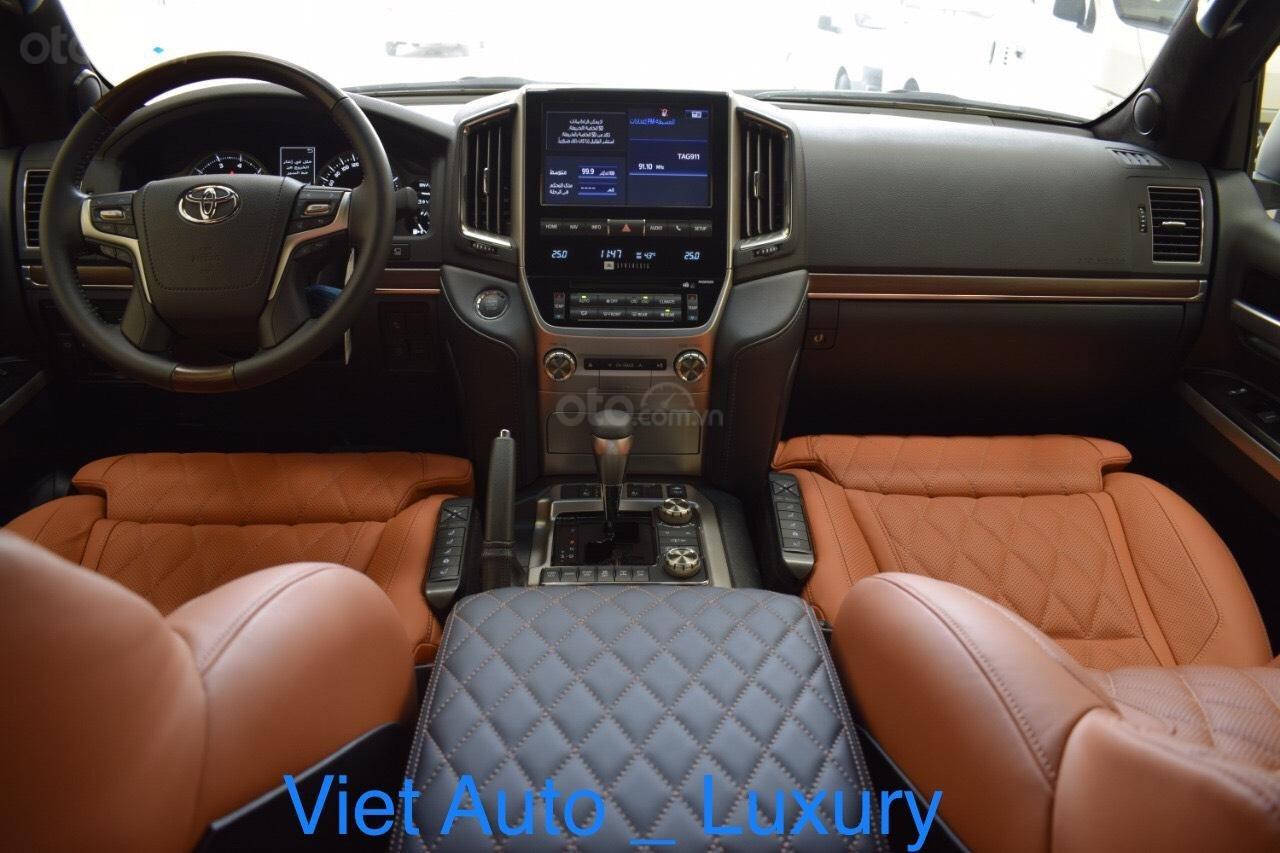 [Việt Auto Luxury] Toyota LandCruizer VXS phiên bản 4 chỗ và 8 chỗ. Nhập khẩu mới 100%, hỗ trợ giảm tiền mặt 100tr (9)