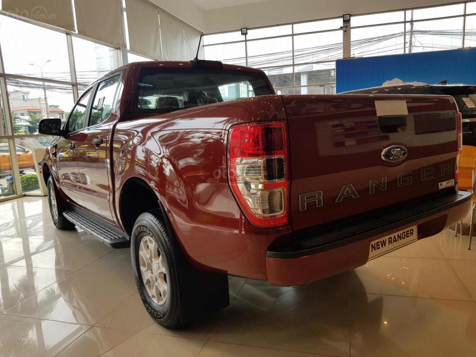 [Hot] Lăn bánh Ford Ranger XLS AT 2020 chỉ 184 triệu - tặng phụ kiện lên đến 20 triệu, hỗ trợ lãi suất trả góp từ 0,74% (3)
