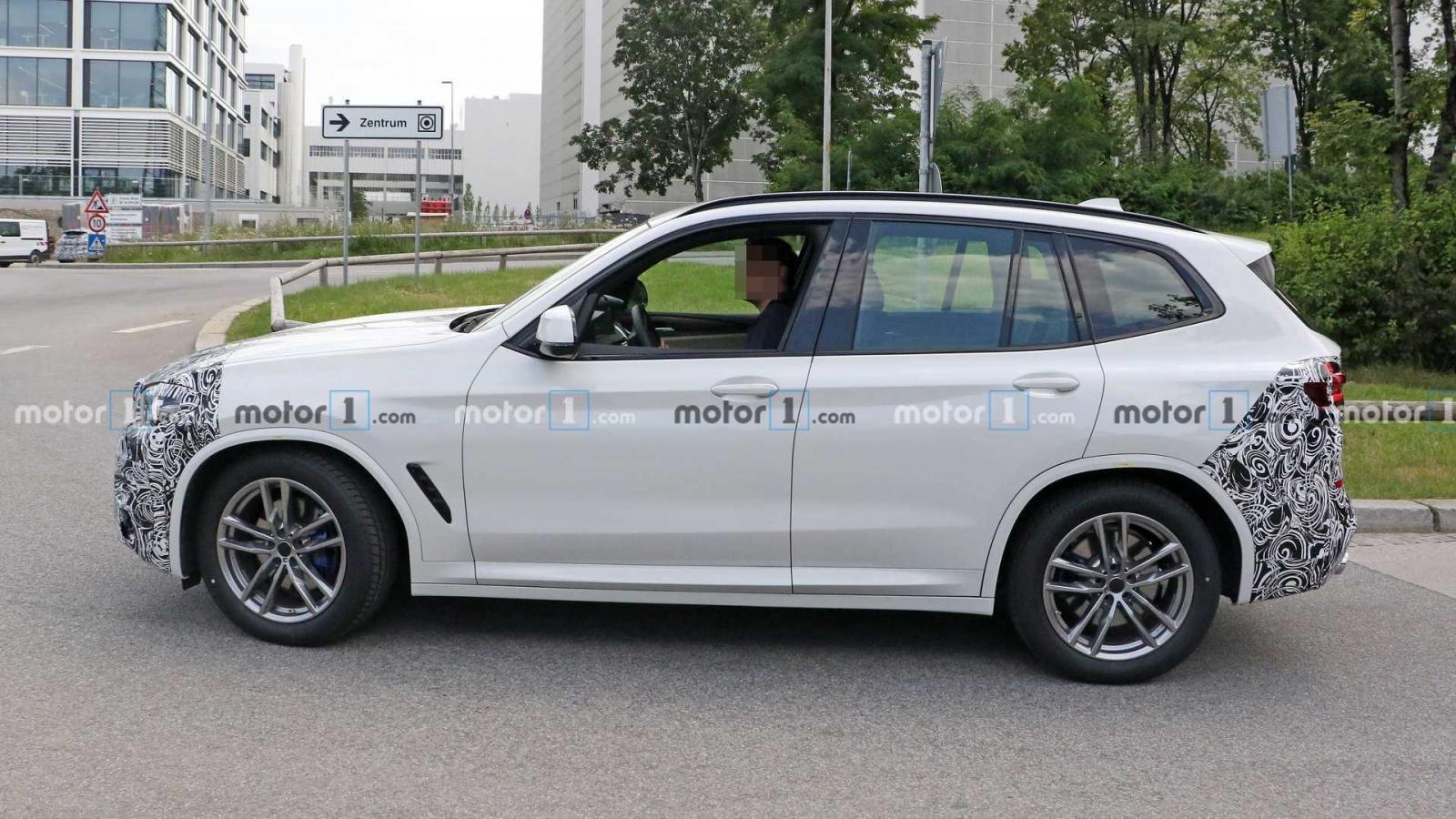 BMW X3 2022 facelift cập nhật giữa vòng đời.
