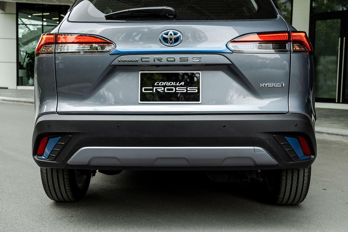 Ảnh đèn đuôi xe Toyota Corolla Cross 2020