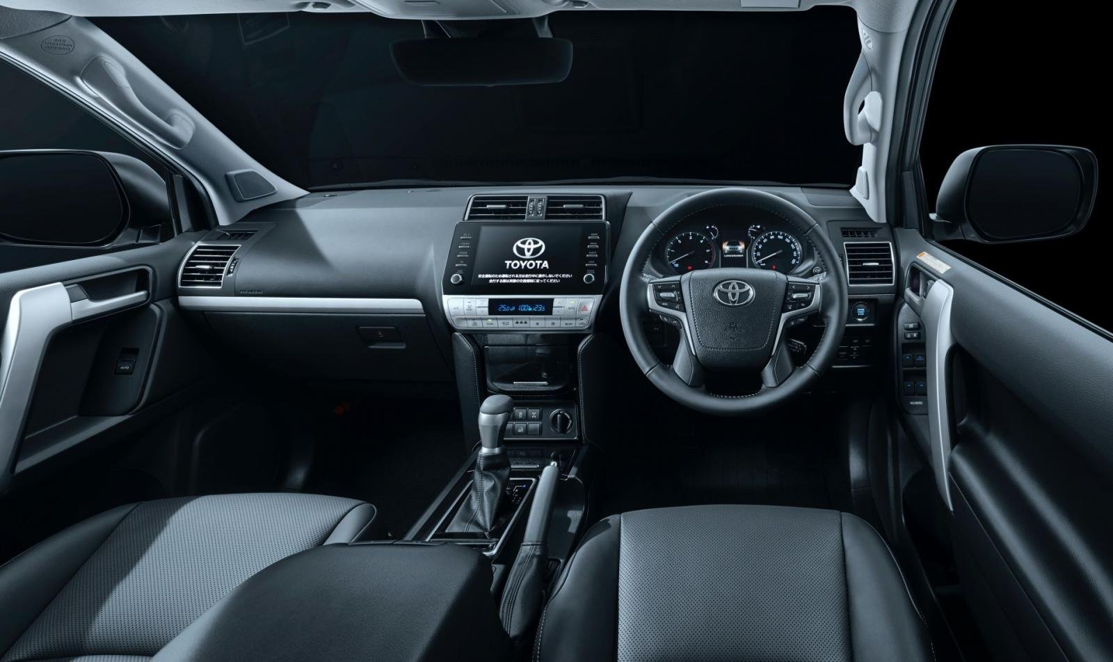 Toyota Land Cruiser Prado 2020 hứa hẹn mang đến trải nghiệm lái thú vị hơn.