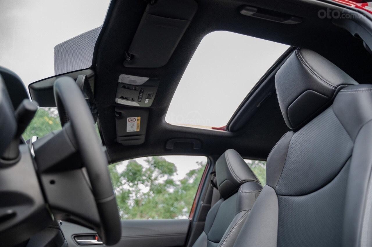 Thông số kỹ thuật xe Toyota Corolla Cross 2020: Trang bị tiện nghi 1