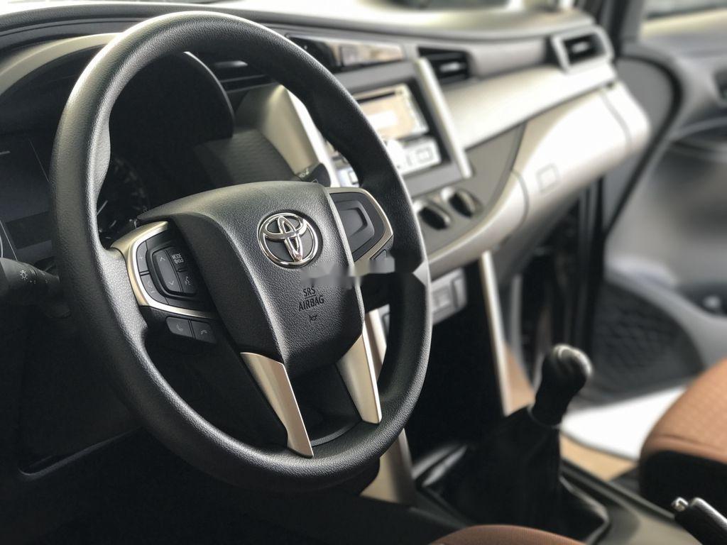 Bán xe Toyota Innova năm 2020, màu trắng, 771 triệu (7)