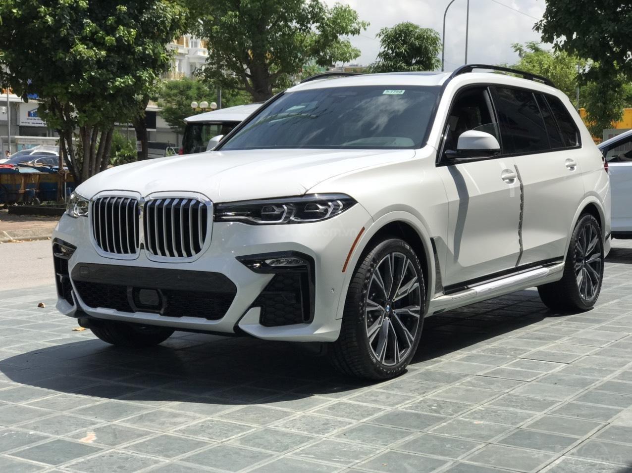 Bán ô tô BMW X7 xDrive 40i Msport SX 2020, màu trắng, nhập khẩu, mới 100% (4)