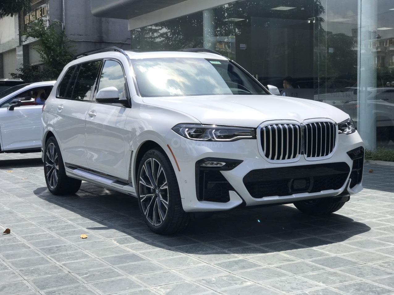 Bán ô tô BMW X7 xDrive 40i Msport SX 2020, màu trắng, nhập khẩu, mới 100% (10)