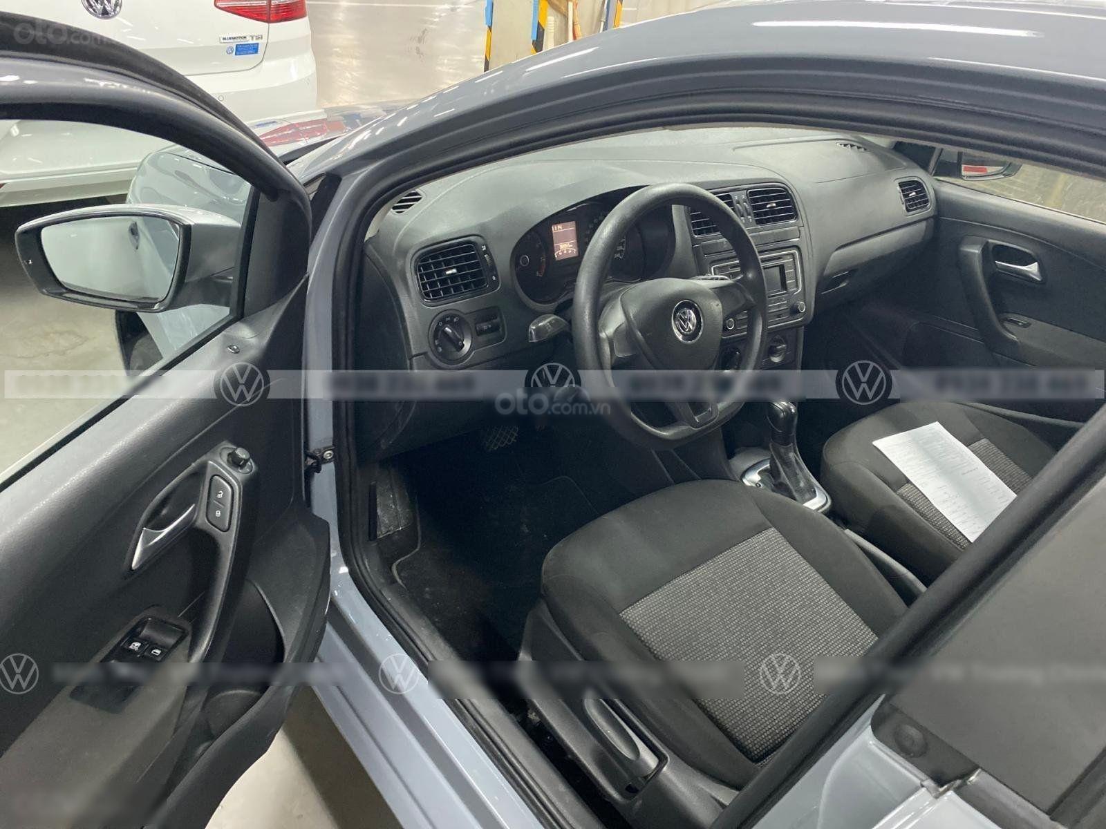 Bán Polo Hatchback màu xám xi măng (sơn lại màu) đẹp - độc - lạ, nhập khẩu chỉ với 579 triệu (8)