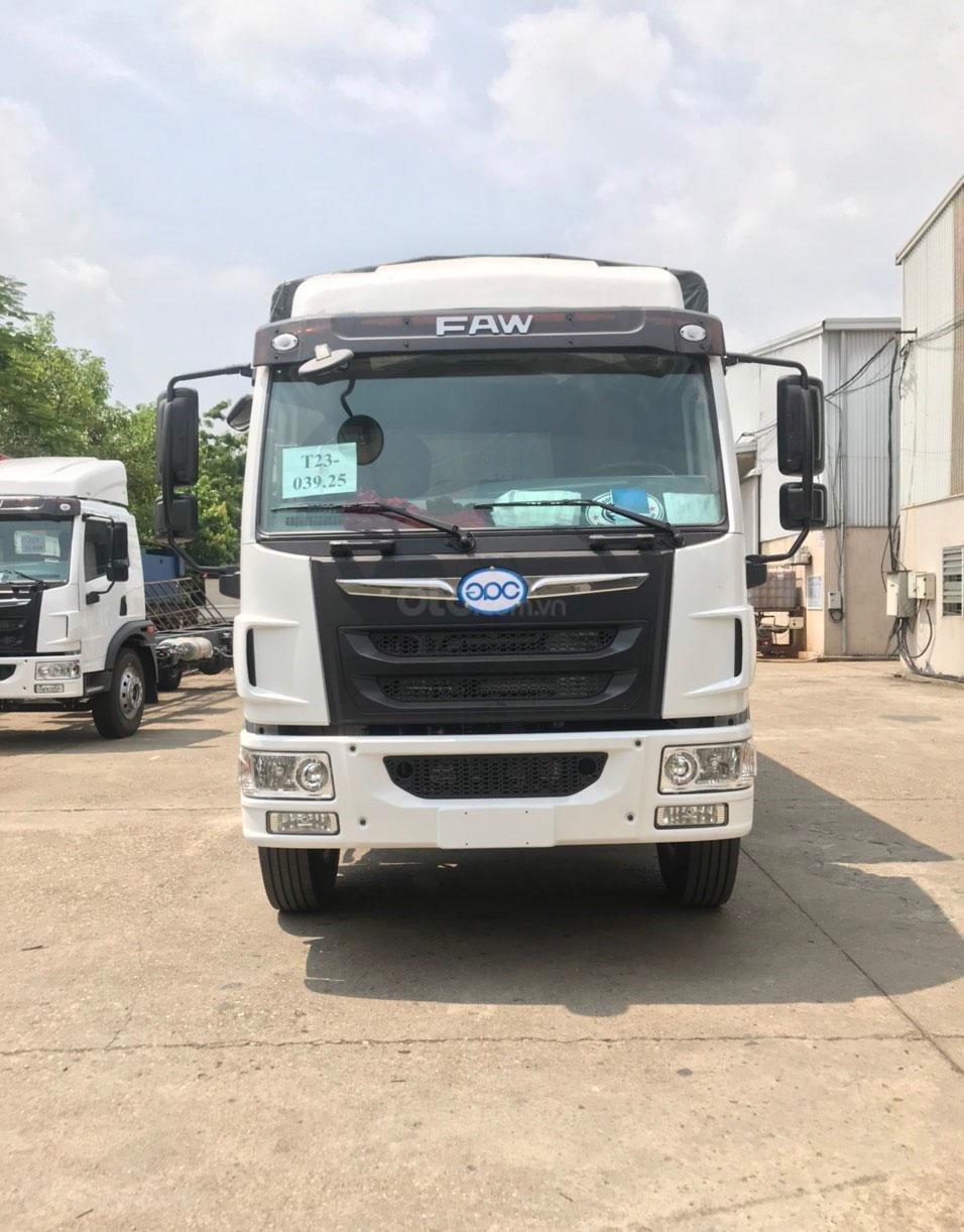 Xe tải FAW 8 tấn, thùng dài 8 mét, động cơ Wechai - trả trước 200tr - Km 100% lệ phí TB, tặng phiếu dấu 1tr (1)