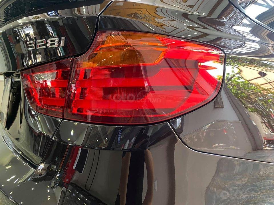 BMW 328i chuẩn zin, cực đẹp (8)