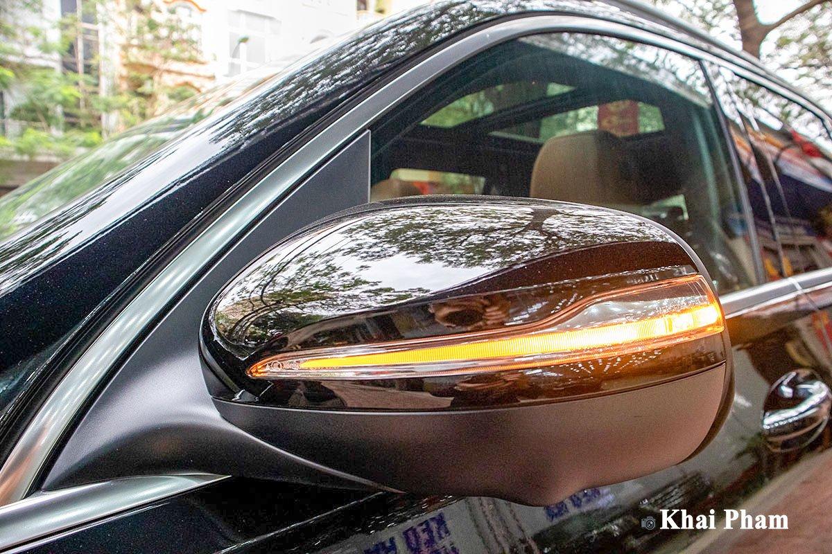 Ảnh gương xe Mercedes-Benz GLE 2020
