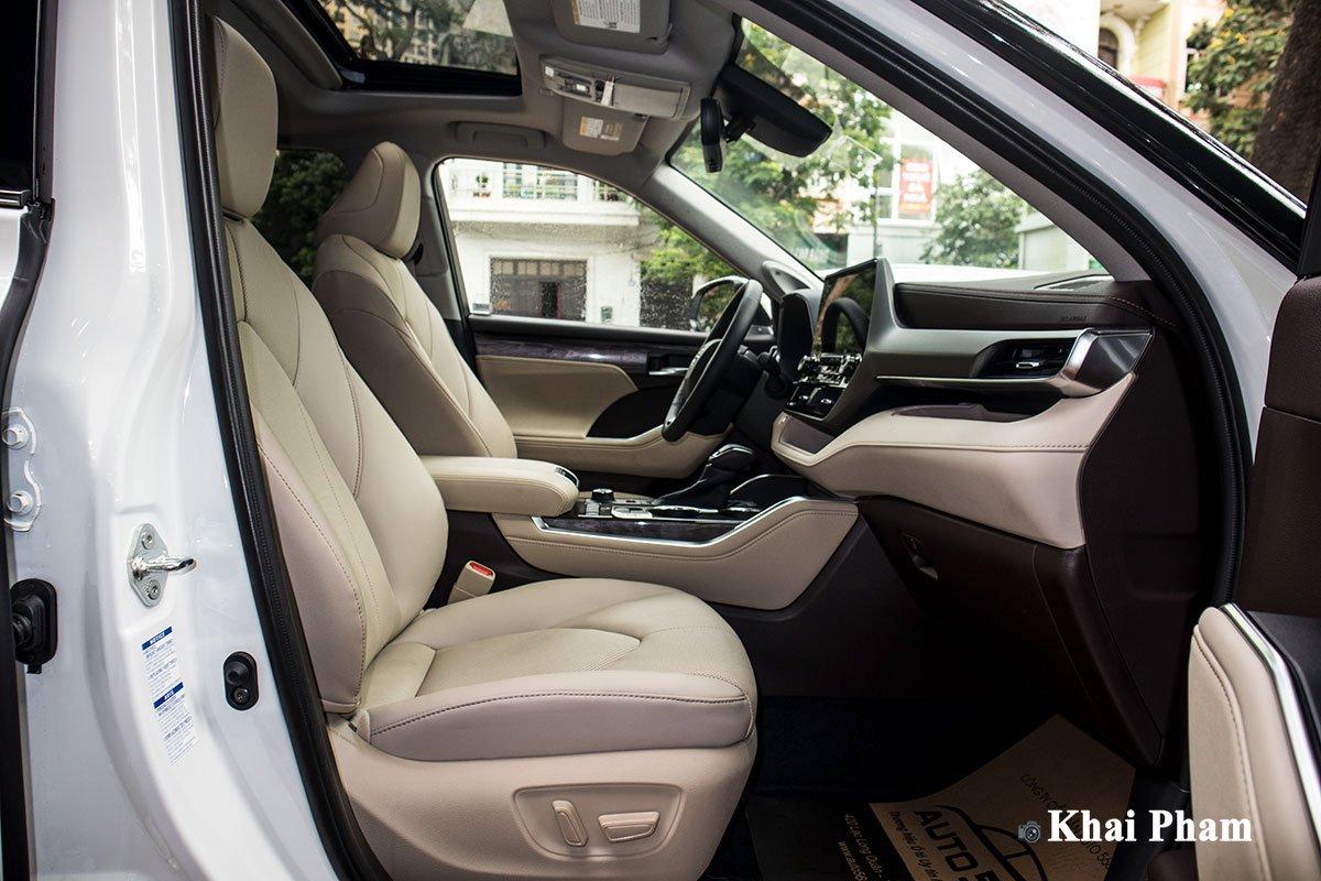 Ảnh Ghế phụ xe Toyota Highlander 2020