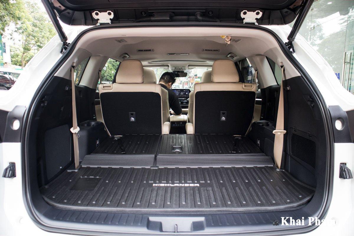 Ảnh Khoang hành lý xe Toyota Highlander 2020 a1