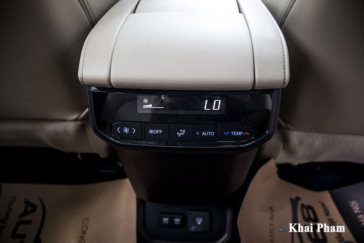 Ảnh Cửa gió sau xe Toyota Highlander 2020